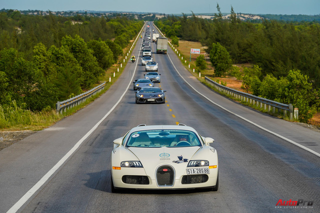 Siêu phẩm Bugatti Veyron đã bảo dưỡng xong, sẵn sàng quay trở lại chặng cuối hành trình xuyên Việt - Ảnh 2.