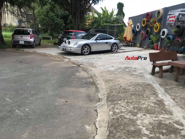 Thợ Việt lột xác xe thể thao Porsche 911 Carrera theo phong cách trèo đèo lội suối - Ảnh 7.