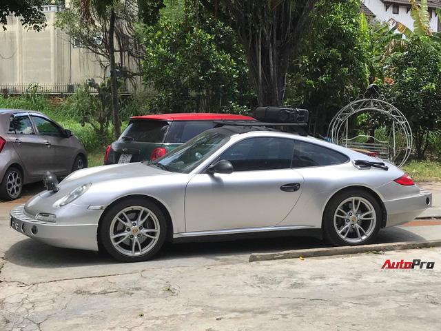 Thợ Việt lột xác xe thể thao Porsche 911 Carrera theo phong cách trèo đèo lội suối - Ảnh 4.