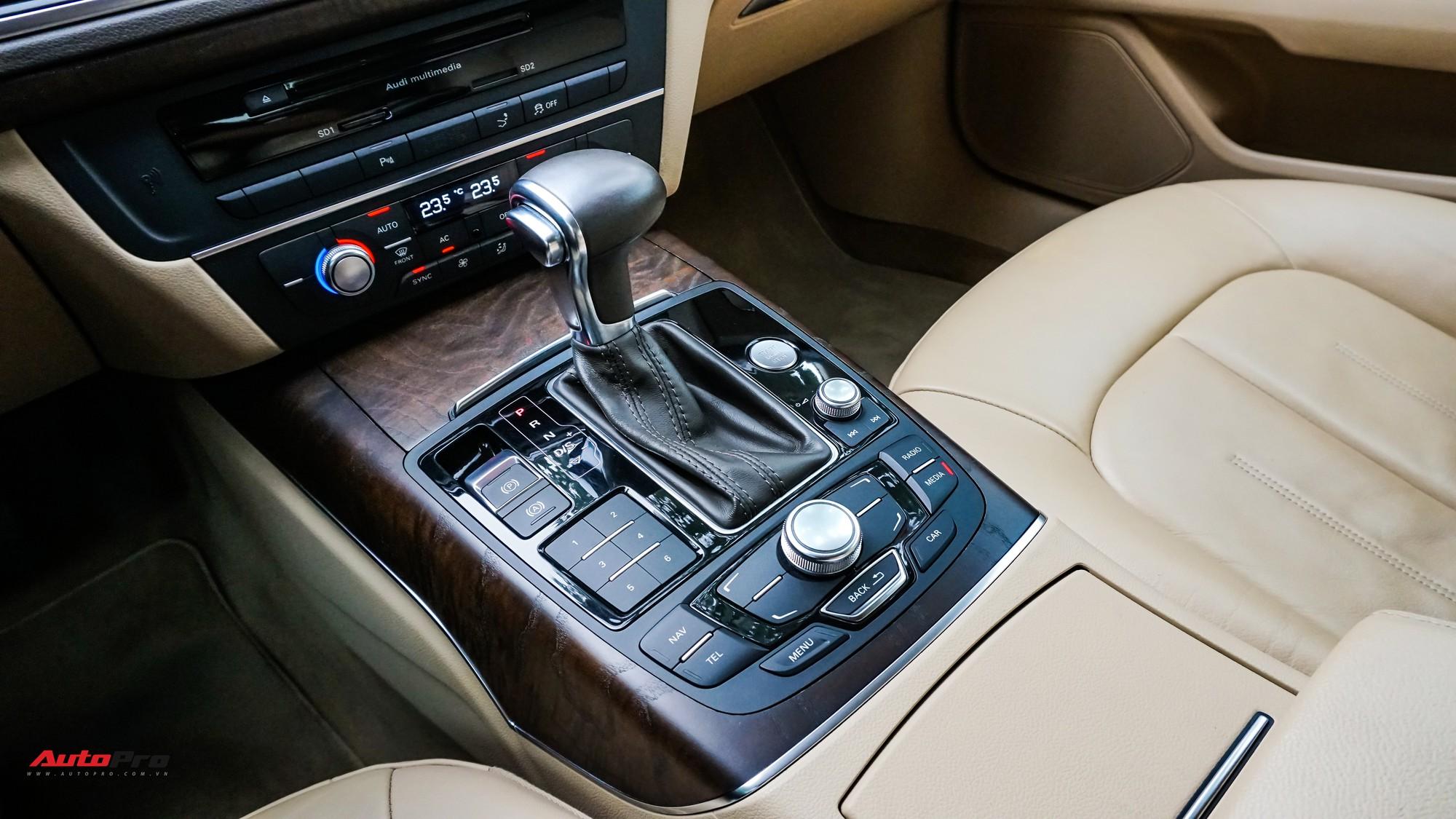 Audi A7 Sportback 7 năm tuổi bán lại 1,5 tỷ đồng tại Hà Nội - Ảnh 12.