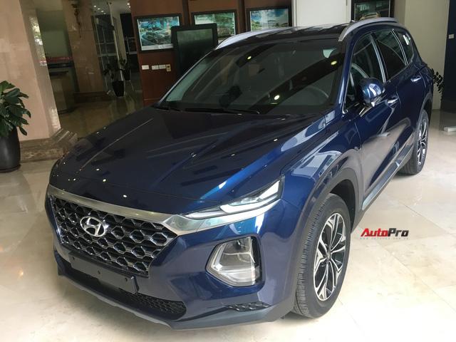 Ảnh chi tiết Hyundai Santa Fe 2019 tại Hà Nội trước ngày ra mắt - Ảnh 8.