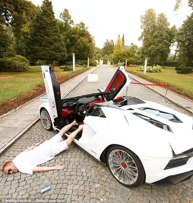 Ngã sấp mặt cùng siêu xe: Hot trend mới của hội con nhà giàu thế giới - Ảnh 3.