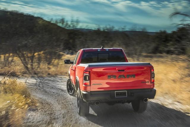 Ram 1500 lọt top 3 bán tải Bắc Mỹ, đứng dưới Ford F-Series và Chevrolet Silverado - Ảnh 3.