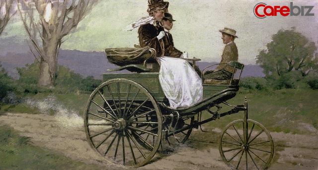 Bán xăng cho phụ nữ không phải tội ác: Nếu người phụ nữ này không mua xăng, Mercedes Benz đã chẳng thể thương mại hóa, thế giới có lẽ cũng chẳng có ô tô!