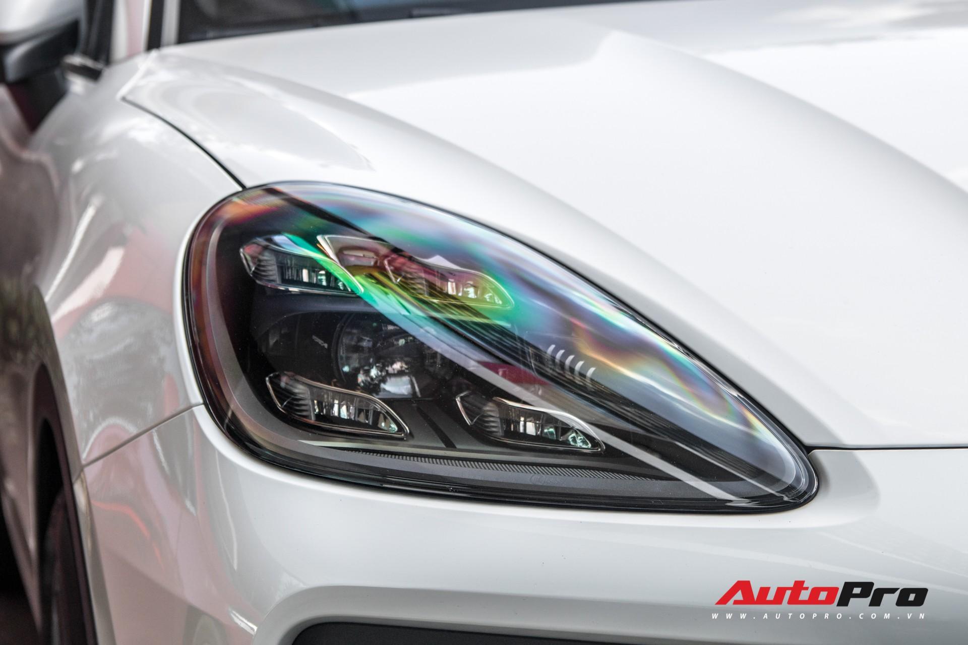 Cường Đô-la, Đàm Thu Trang mạnh tay chi hơn 7 tỷ đồng tậu Porsche Cayenne S thế hệ mới - Ảnh 9.