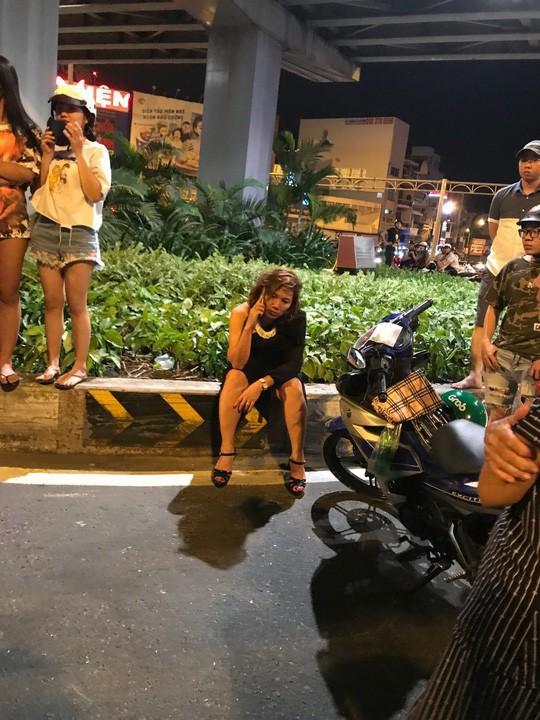 Bắt tạm giam nữ tài xế BMW gây tai nạn liên hoàn ở Hàng Xanh - Ảnh 1.