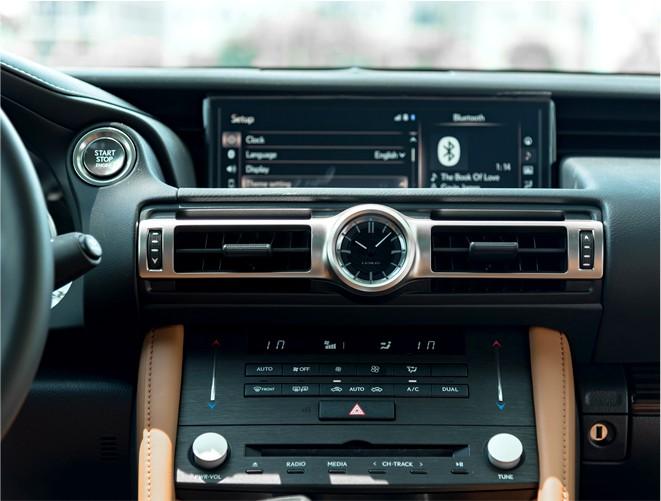 Đánh giá Lexus RC 300: Xe thể thao mang quá nhiều bất ngờ, đốn tim cả nữ giới - Ảnh 14.