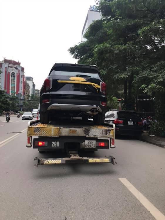 Hyundai Palisade đầu tiên về Việt Nam đấu Ford Explorer - Ảnh 2.
