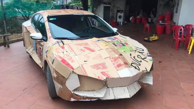 """Dân chơi Việt chế """"siêu xe"""" Lamborghini từ... Kia Cerato, Hyundai Accent và Chevrolet Cruze - Ảnh 1."""