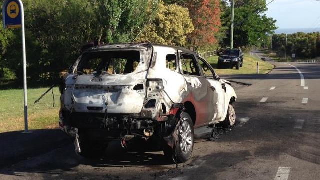 Chiếc Ford Everest thế hệ mới bị cháy trơ khung tại Úc.