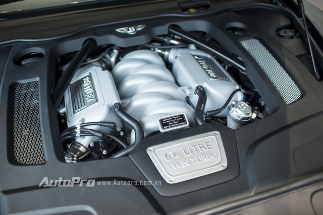 Bentley Mulsanne Speed 2016 được trang bị động cơ V8 Twin Turbo, dung tích 6,75 lít, sản sinh công suất tối đa 530 mã lực tại vòng tua máy 4.200 vòng/phút và mô-men xoắn cực đại 1.100 Nm tại vòng tua 1.750 vòng/phút. Bên cạnh đó, xe còn được trang bị hộp số tự động 8 cấp thể thao kết hợp hệ dẫn động cầu sau.