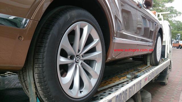 Hành trình đưa xe sang Bentley Bentayga chính hãng đầu tiên về Hà Nội 4