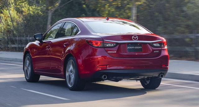 Ở phiên bản 2017, Mazda6 được cải tiến nội thất, hệ dẫn động và bổ sung công nghệ tương tự người anh em Mazda nâng cấp đã ra mắt tại thị trường Nhật Bản vào hồi tháng 7 vừa qua.