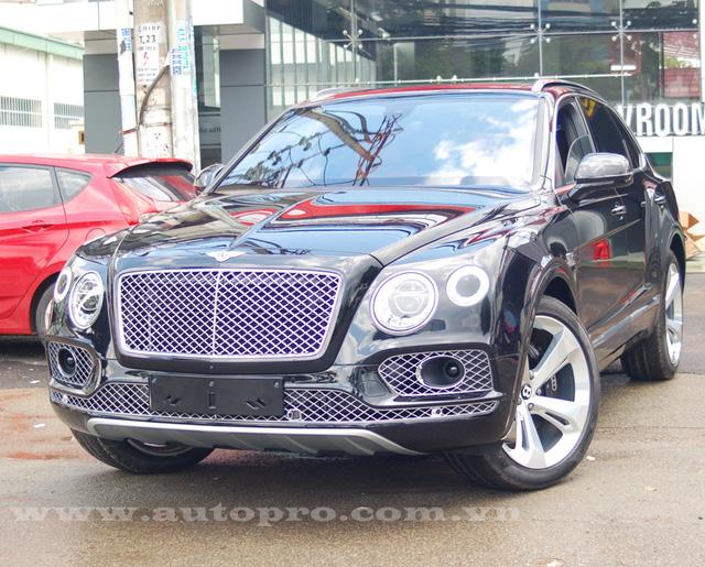 Soi chi tiết nội thất Bentley Bentayga mẫu SUV hạng sang giá 23 tỷ tại Việt Nam 18