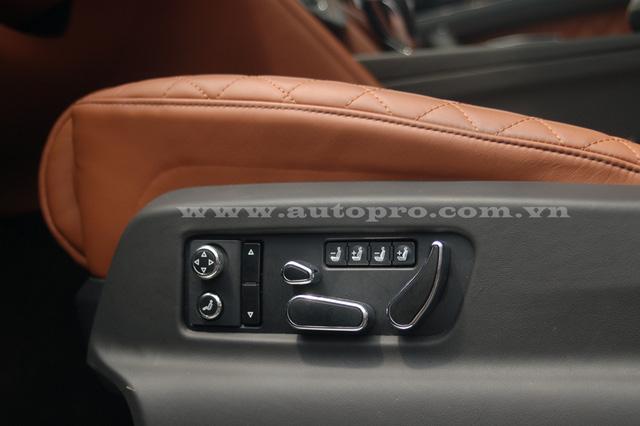 Soi chi tiết nội thất Bentley Bentayga mẫu SUV hạng sang giá 23 tỷ tại Việt Nam 11
