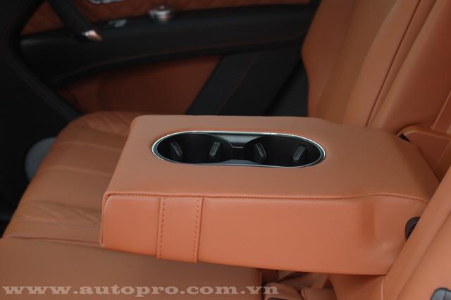 Soi chi tiết nội thất Bentley Bentayga mẫu SUV hạng sang giá 23 tỷ tại Việt Nam 16