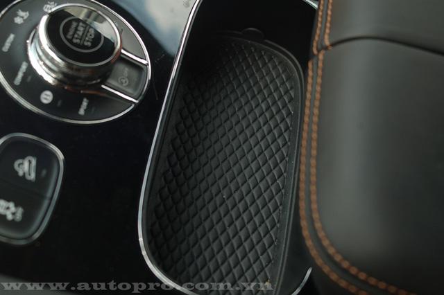 Soi chi tiết nội thất Bentley Bentayga mẫu SUV hạng sang giá 23 tỷ tại Việt Nam 13
