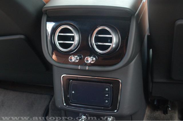 Soi chi tiết nội thất Bentley Bentayga mẫu SUV hạng sang giá 23 tỷ tại Việt Nam 14