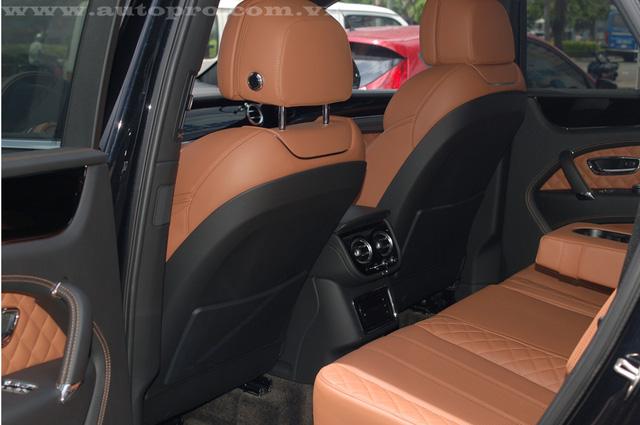 Soi chi tiết nội thất Bentley Bentayga mẫu SUV hạng sang giá 23 tỷ tại Việt Nam 15