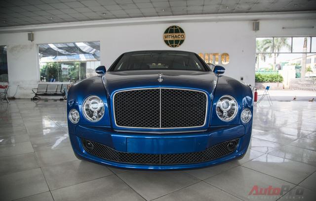 Phiên bản Speed của Bentley Mulsanne vẫn luôn được coi là biểu tượng của sức mạnh siêu sang khi hội tụ đầy đủ yếu tố sang trọng và tốc độ trên cùng một chiếc xe.