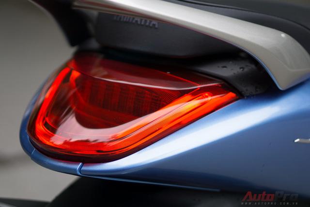 Công nghệ LED được tích hợp vào cụm đèn hậu khiến Yamaha Janus hiện đại hơn.