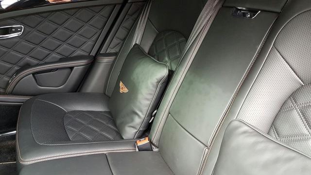 Gần như các chi tiết trên xe đều có thể cá nhân hóa. Chủ nhân xe Bentley có thể yêu cầu hãng xe siêu sang nước Anh sản xuất một chiếc xe theo ý mình nếu yêu cầu đó hợp lý về mặt an toàn, không phá vỡ ADN của dòng xe và khách hàng có thể chịu được mức chi phí đó.