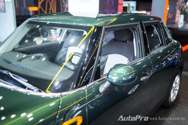 Cận cảnh mẫu xe MINI One 5 cửa tại thị trường Việt 9