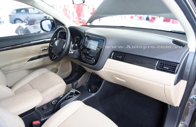 Mitsubishi Outlander 2016, đối thủ đáng gờm của Hyundai Tucson và Mazda CX-5 9