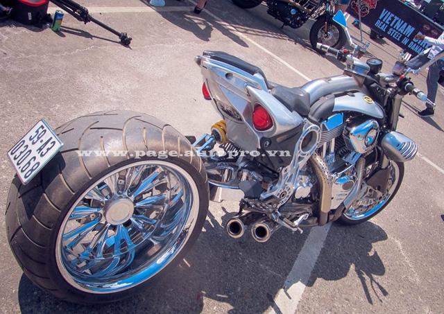 """Ngắm loạt xe mô tô """"bánh béo"""" hội tụ tại đại hội motor Đà Nẵng 11"""