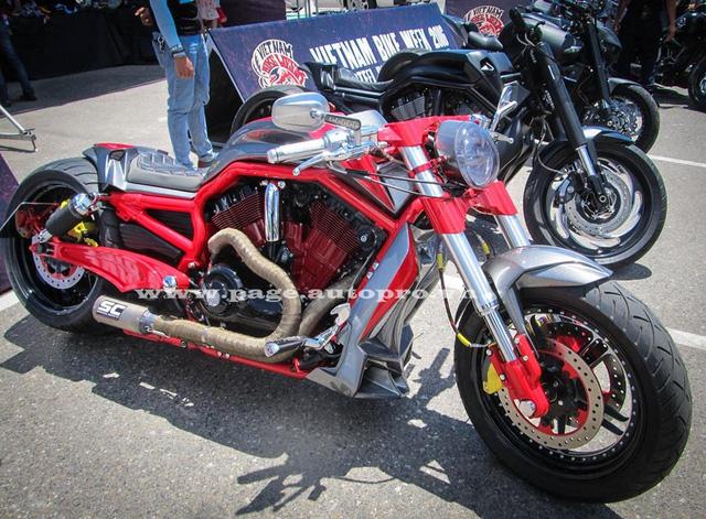 """Ngắm loạt xe mô tô """"bánh béo"""" hội tụ tại đại hội motor Đà Nẵng 5."""