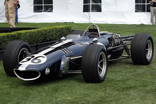 Eagle Mk1 hay còn được biết đến với tên gọi T1G là chiếc xe mang dáng hình bảo thủ và hung dữ. Xe được sử dụng trong những năm 60 của thế kỷ trước.