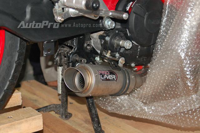 Xe cũng được trang bị ống xả độ Pro Liner hứa hẹn mang đến âm thanh ấn tượng hơn trước.