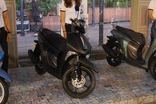 Đại diện Yamaha cho biết tỷ lệ nội địa của Janus là 100% và doanh số kỳ vọng đạt 100.000 xe/năm. Janus có số đo tổng thể bao gồm chiều dài 1.850 mm, rộng 705 mm. Chiều cao yên xe tính từ mặt đất 770 mm, trọng lượng ở mức 97 kg.