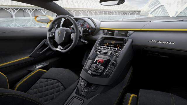 Lamborghini Aventador S LP740-4 chính thức trình làng, mạnh hơn 40 mã lực - Ảnh 11.
