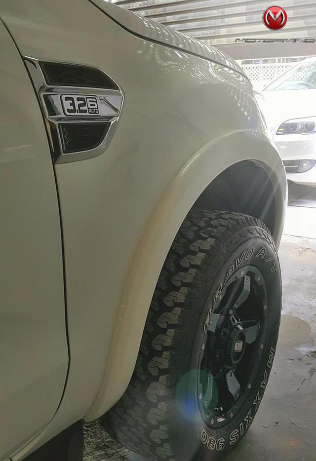 Ford Everest thế hệ mới độ theo phong cách khủng long F150 Raptor - Ảnh 8.