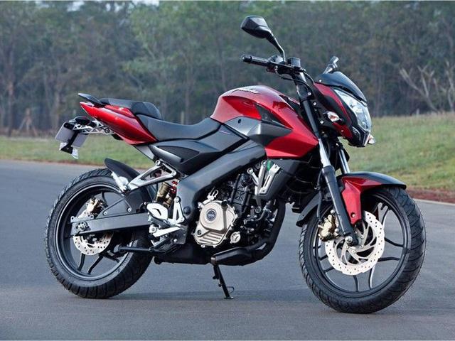Xe naked bike Bajaj Pulsar 200NS phiên bản giới hạn ra mắt tại nước bạn Campuchia - Ảnh 2.