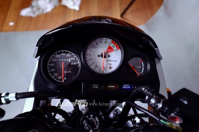 Biker Hà Thành chi 230 triệu để hồi sinh xe hai kỳ Honda LS 125R nguyên bản - Ảnh 6.