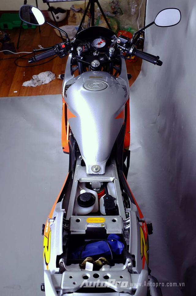 Biker Hà Thành chi 230 triệu để hồi sinh xe hai kỳ Honda LS 125R nguyên bản - Ảnh 5.