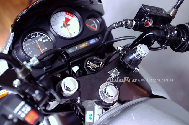 Biker Hà Thành chi 230 triệu để hồi sinh xe hai kỳ Honda LS 125R nguyên bản - Ảnh 7.