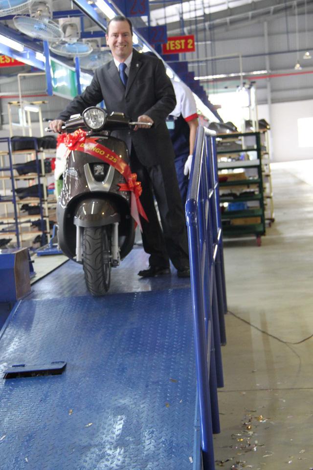 Ông Xavier Casin - đại diện Peugeot Motocycle Việt Nam