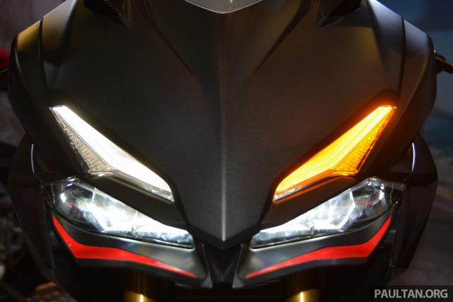 Đánh giá xe Honda CBR250RR 2017 về thiết kế vận hành & giá bán 7