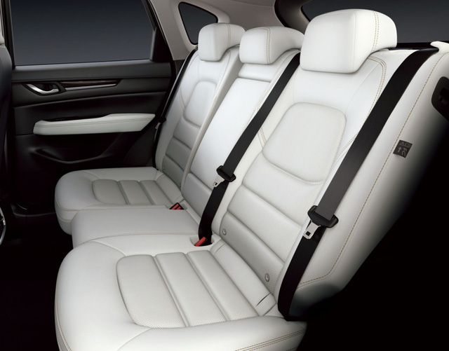 Mazda CX-5 2017 bắt đầu được bày bán với giá từ 474 triệu Đồng tại Nhật Bản - Ảnh 12.