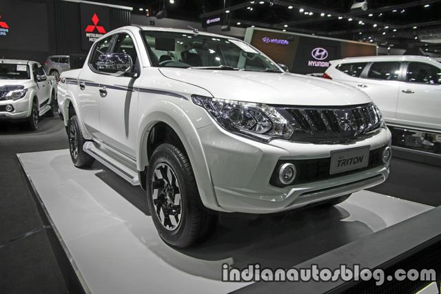 Vào hồi đầu tháng 10 năm nay, hãng Mitsubishi đã giới thiệu Triton 2017 với người tiêu dùng Thái Lan. Trong triển lãm Thai Motor Expo 2016, mẫu xe bán tải này tiếp tục được trưng bày.