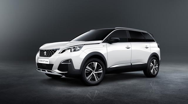 Hiện giá bán của Peugeot 5008 2017 vẫn chưa được công bố. Khi có mặt trên thị trường, Peugeot 5008 2017 sẽ là đối thủ của những mẫu xe như Nissan X-Trail, Honda CR-V hay Mazda CX-5.