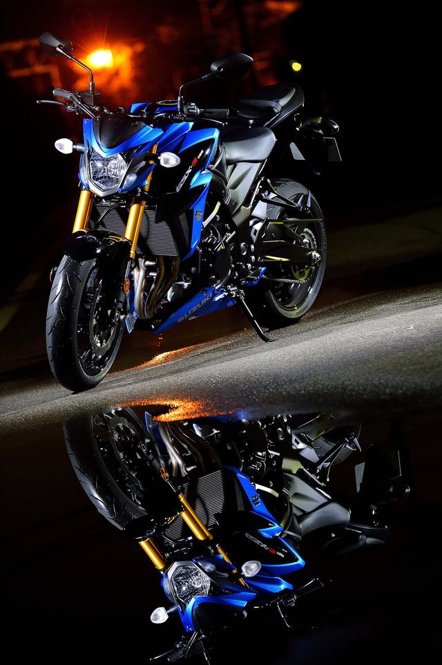 Trong triển lãm Intermot 2016, hãng Suzuki đã ra mắt một mẫu mô tô có thiết kế như GSX-S1000 thu nhỏ, đó là GSX-S750 phiên bản mới.