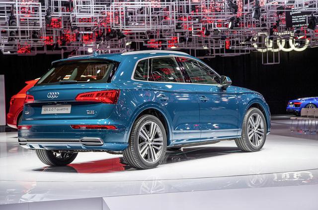 Được phát triển dựa trên cơ sở gầm bệ MLB Evo tương tự A4 và A5, Audi Q5 2017 đi kèm hàng loạt động cơ xăng cũng như diesel tăng áp. Tại thị trường châu Âu, Audi có kế hoạch bán Q5 2017 với động cơ xăng TFSI 2.0, tạo ra công suất tối đa 248 mã lực.