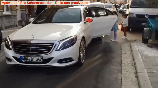 Mercedes-Benz sang trọng