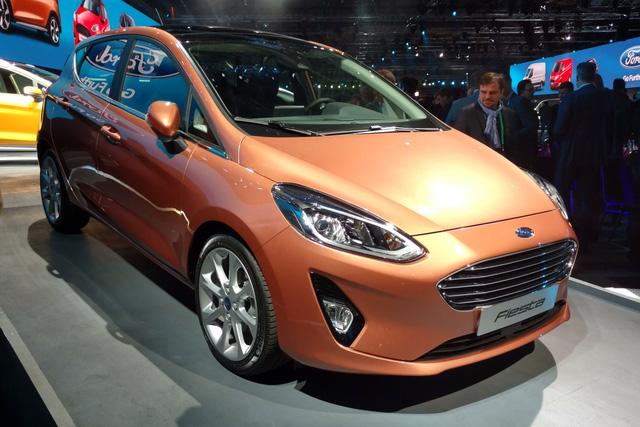 Trong sự kiện Go Further 2016 diễn ra tại thành phố Cologne, Đức, vừa qua, hãng Ford đã bất ngờ trình làng thế hệ mới của dòng xe bé hạt tiêu Fiesta. Ở thế hệ mới, Ford Fiesta không chỉ thay đổi ngoại hình mà còn được bổ sung nhiều công nghệ hiện đại hơn.