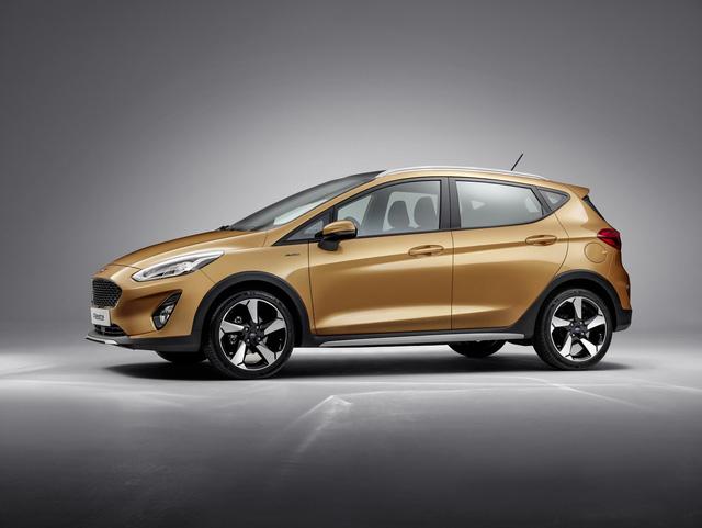 Phát triển phiên bản crossover của xe hatchback hiện là xu hướng của làng ô tô thế giới. Có thể thấy điều đó qua sự ra đời của những mẫu xe như Hyundai i20 Active hay Chevrolet Spark Activ. Có vẻ như hãng Ford cũng không muốn đứng ngoài cuộc nên phát triển Fiesta Active 2017.