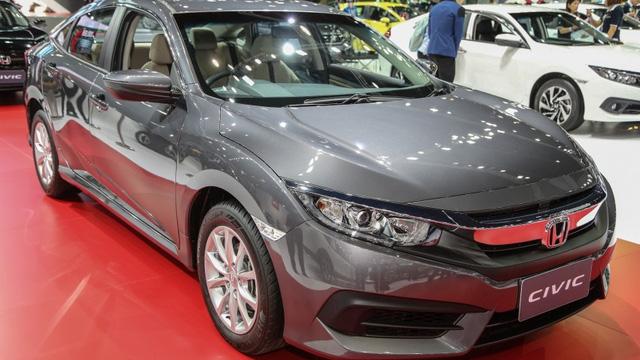 """Civic thế hệ mới là """"thần tài"""" của Honda trong nửa đầu năm 2016"""